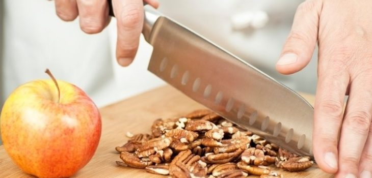 eat nuts for healthy life